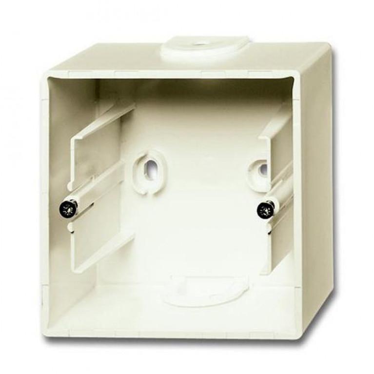 1799-0-0968 Basic55 Коробка 1-ная для накладного монтажа, chalet-white