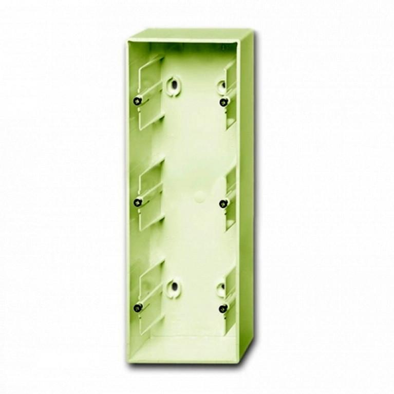 1799-0-0973 Basic55 Коробка 3-ная для накладного монтажа, сл. кость