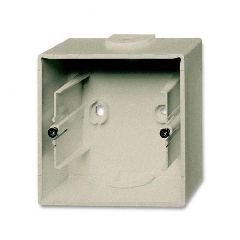 1799-0-0962 Basic55 Коробка 1-ная для накладного монтажа, шампань