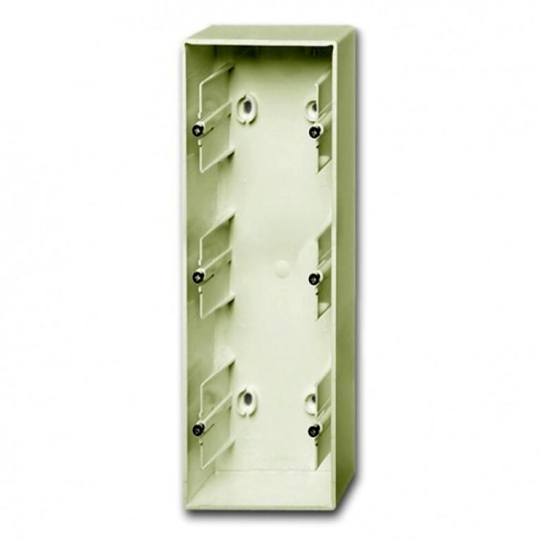 1799-0-0970 Коробка для накладного монтажа, 3-постовая, серия Basic 55, цвет chalet-white