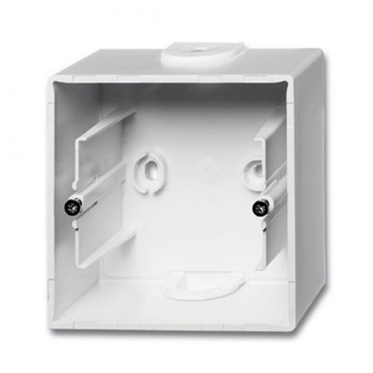 1799-0-0974 Basic55 Коробка 1-ная для накладного монтажа, альп. белый