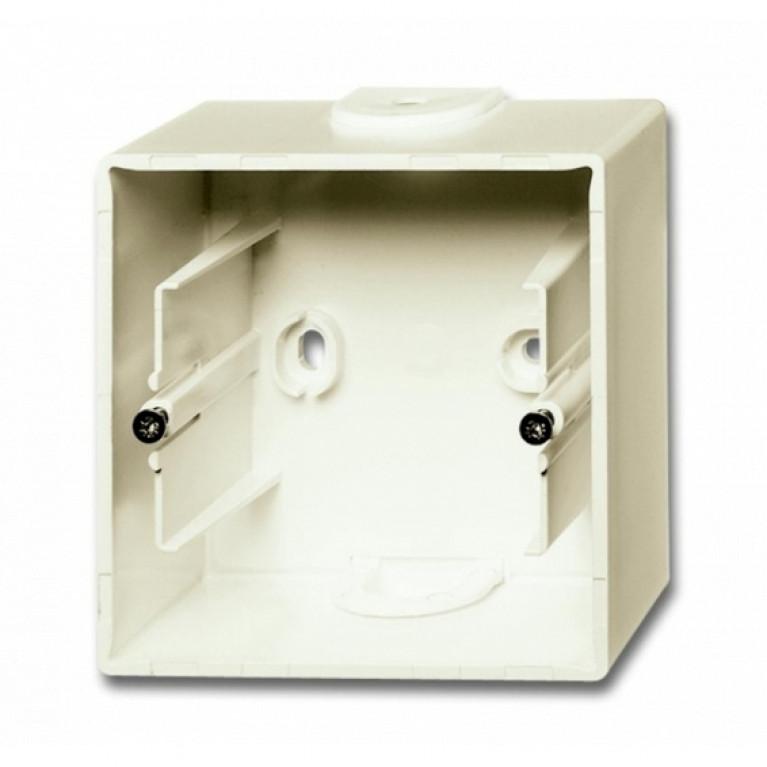 1799-0-0971 Basic55 Коробка 1-ная для накладного монтажа, сл. кость